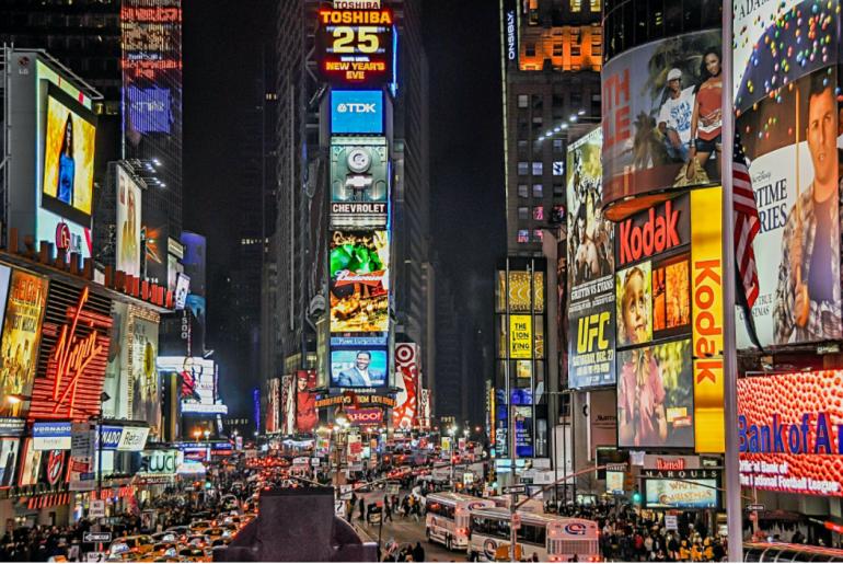 carteles de publicidad en NY